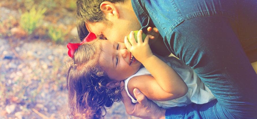 Communiquer le bonheur à votre enfant