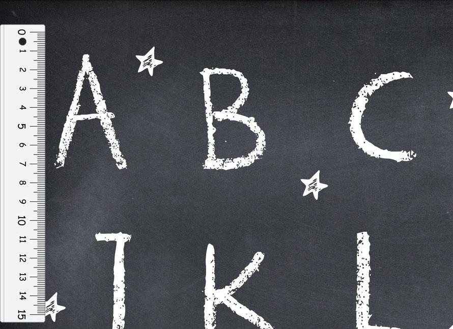 nachhaltiges Geschenkpapier für den Schulanfang: Tafeloptik Kreide ABC - hergestellt aus recycelten Papieren