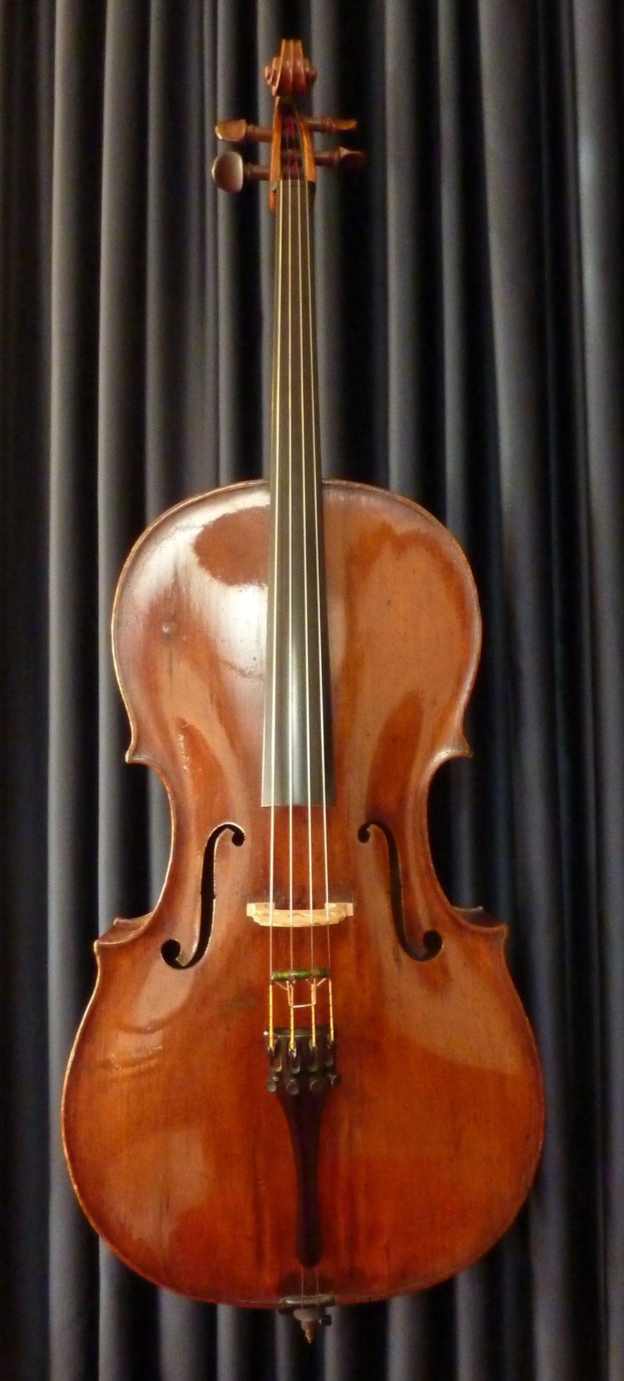 Violoncello, ca. 1750, angeschäftet, Erbauer unbekannt, Decke