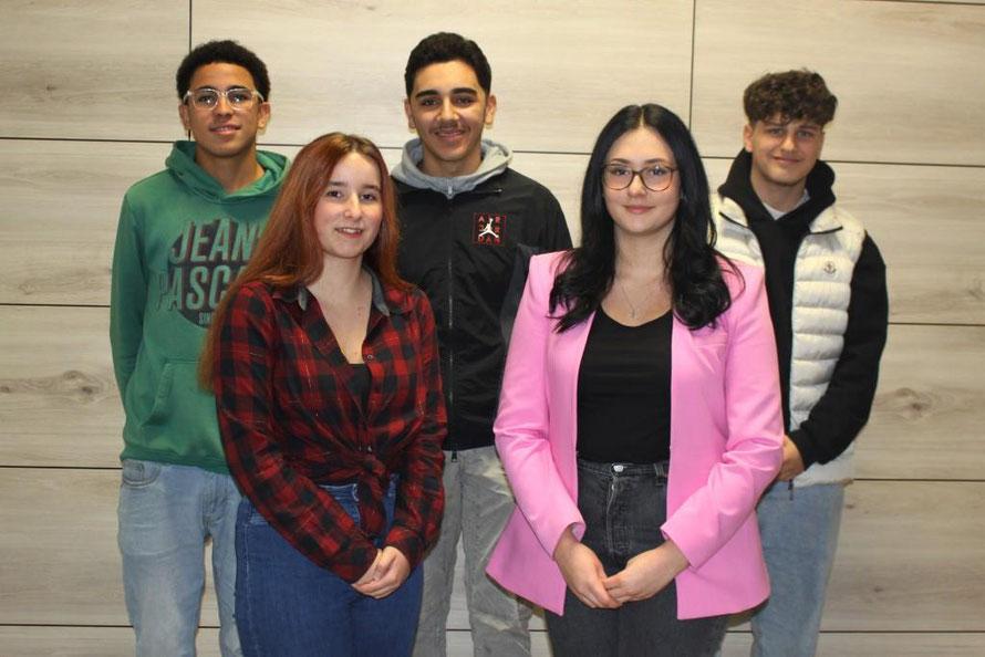 V.l.n.r.: Sebastian Kracht, Jasmina Vogt, Herr Rehberg, Celine Ritter, Frau Marz, Michelle Dinh und Maurice Dümer (es fehlt: Tomasz Kowalski)
