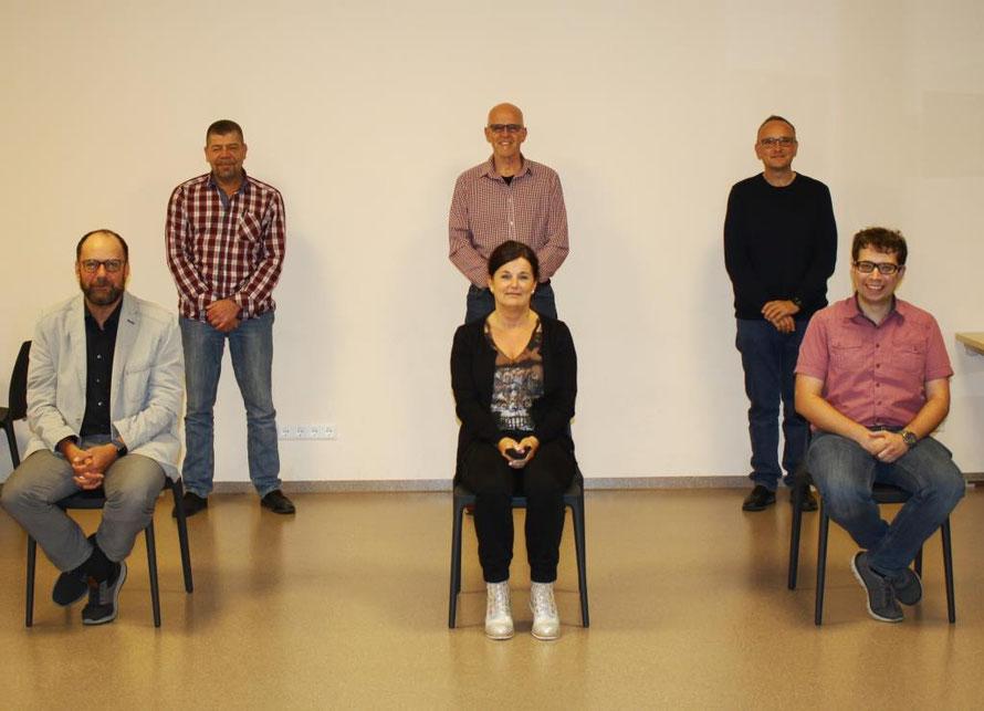 Hintere Reihe v.l.n.r.: Herr Albecker, Herr Feser und Herr Trauthwein / Vordere Reihe v.l.n.r.: Herr Schnur, Frau Baumann und Herr König, P.