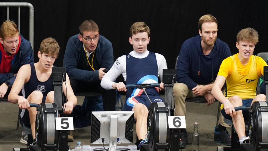 Christoph Bubert (Ergometer 6) gelang eine persönliche Bestleistung in 5´24,9 Min. über die 1500 m-Distanz und belegte bei den 15/16-jährigen Junioren damit Platz 13.