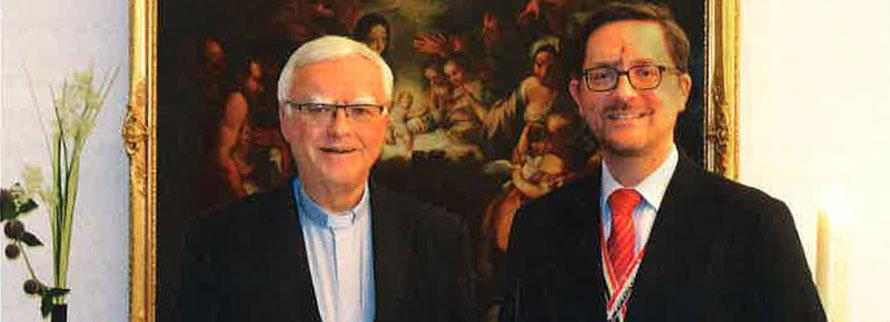 Cbr Dr. Heiner Koch und Christoph Herbort-von Loeper (B-S), Mitglied der ACADEMIA_Redaktion, beim Interview in Berlin – Foto: hvl