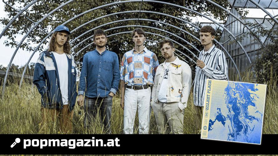 Das sind Love A.M.: David Plank (Drums), Lukas Schneeberger (Bass), Paul Pirker (Vocals), Matthäus Jandl (Synthesizer), Julian Melichar (Gitarre). (c) Harald Leitner