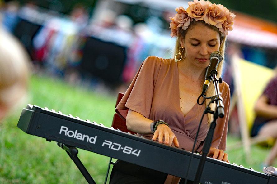 Maddy Rose bei einem Auftritt am Wiener Donauinselfest im Juni 2019. (c) miggl.at / Hans Juergen Gernot Miggl
