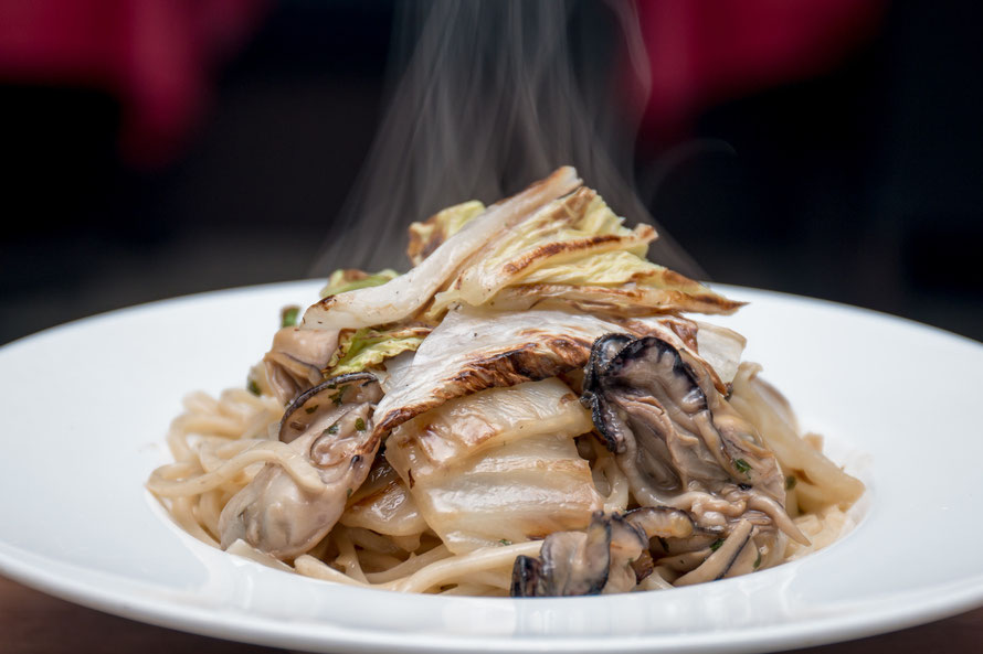 牡蠣と白菜の塩味のソース アンチョビ風味