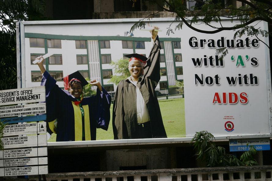 Werbekampagne in den Straßen von Dar es Salaam