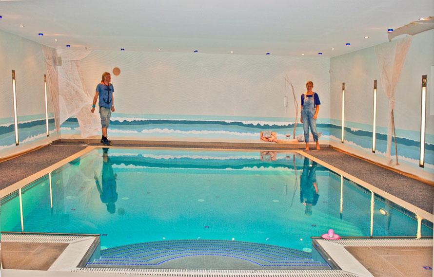 Wandmalerei in einem Schwimmbad