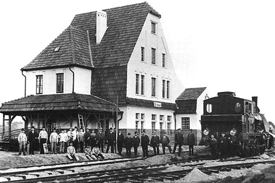 1908 Brinkumer Bahnhof und die Lok Nr. 1 / Repro: Wilfried Meyer