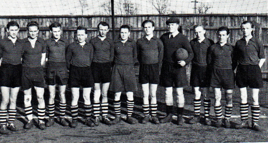 1. Herren 1951/1952; von links: Wittrock, Becker, Schostag, H. Lange, H. Denker, Heinrich, Fick, Brase, L. Neißer, Wende, Born