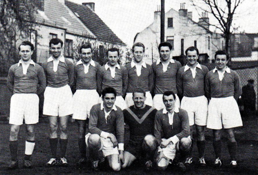 1. Herren 1957/1958 Meister der Verbandsliga; von links hinten: W. Dorn, A, Dobat, Schostag, Kretschmer, Miesen, Sobotta, Anderseck, W. Koppka; vorn: Thienert, Schmelzer, Elsner