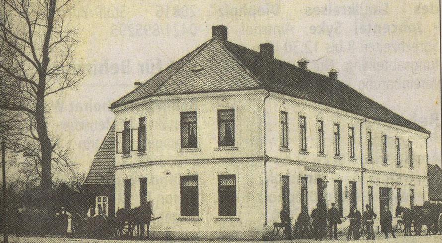 Eine Postkarte von ca. 1900 / Anzeige Syker Zeitung vom 21.4.1900