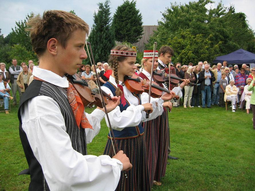 Rosenfest bei Dididoktor