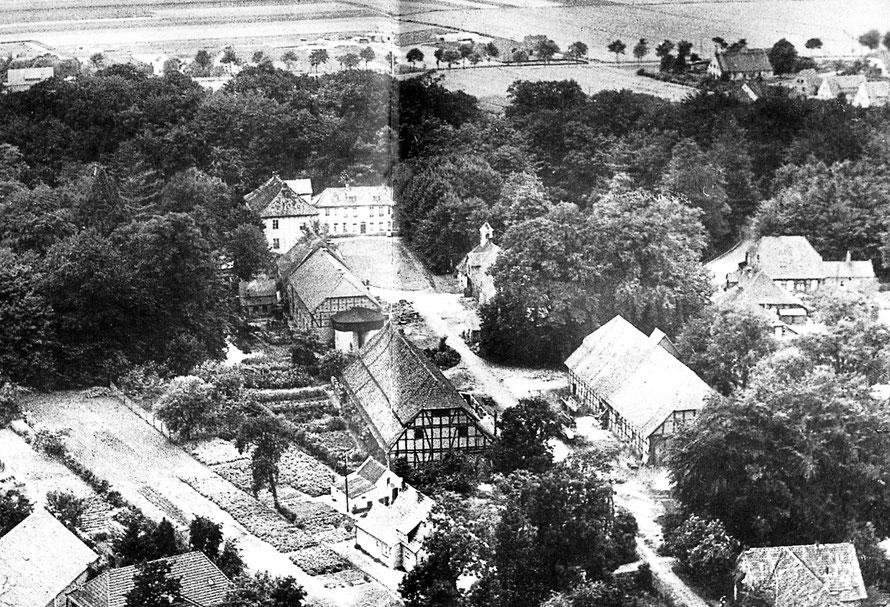 Das Gut aus der Luft in den 1950er Jahren – noch vor dem Umbau.