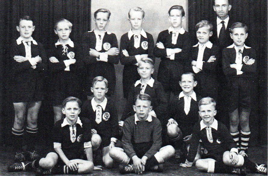 D-Jugend 1957 Staffelmeister und Bremer Stadtmeister von links oben: Theilmann, Bröhl, Holzmann, W. Wittrock, Bednarek, Steinkampf, E. Maier (Betreuer), Noglik; Mitte: A.W.Wittrock, S. Erdmann, Maier; vorn: P. Jahns, Grewe, Lange