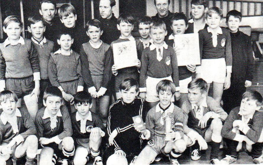 D-Jugend ETSV I nach dem Gewinn des Hallen-Wanderpokals 1969