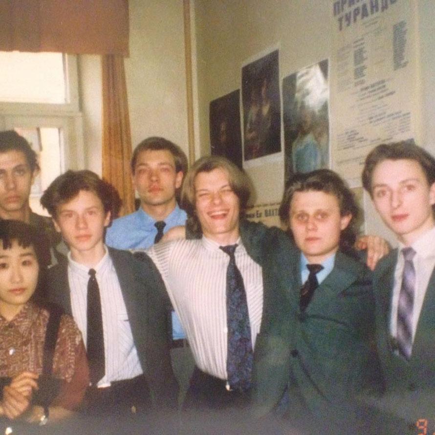 """Вот такое  рарететное  фото  отыскалось   в недрах  семейного  архива.  """" Щука"""" 1 курс 1992 год"""