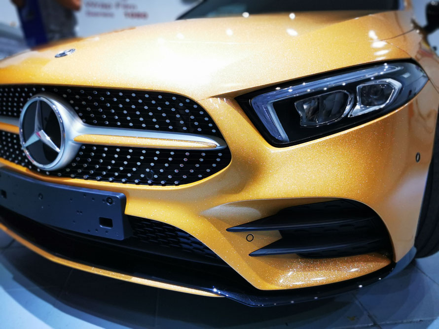 Wrap Expert Vollfolierung Mercedes Benz A-Klasse Gold Lübeck
