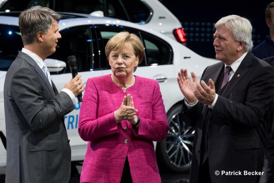14.09. Eröffnung der 67. IAA mit Kanzlerin Angela Merkel