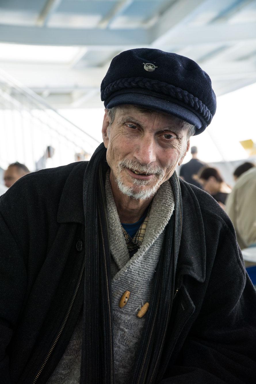 Mann auf der Fähre, Seebär, Insel Lifestyle, Griechenland