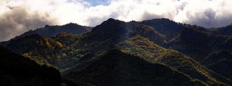 Berge im Kaukasus - Aserbaidschan Natur
