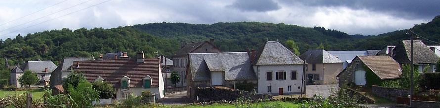 Le Bourg de Vebret en 2008.