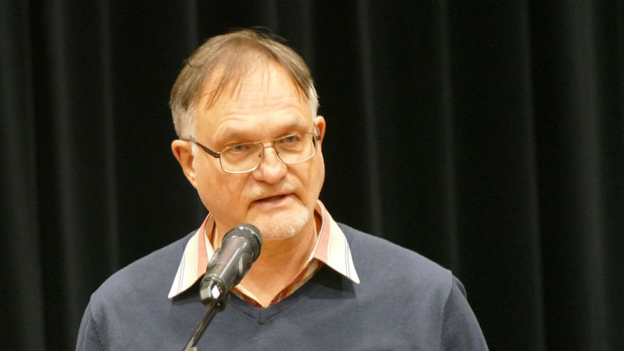 In seiner Eigenschaft als Vorsitzender des Hauptausschusses stellte Gerhard Teepe (SPD) die Vorlage vor