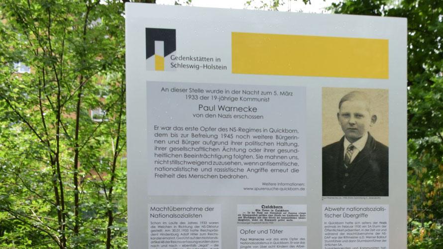 Diese Stele erinnert in Quickborn an die Erschießung von Paul Warnecke durch Nationalsozialisten