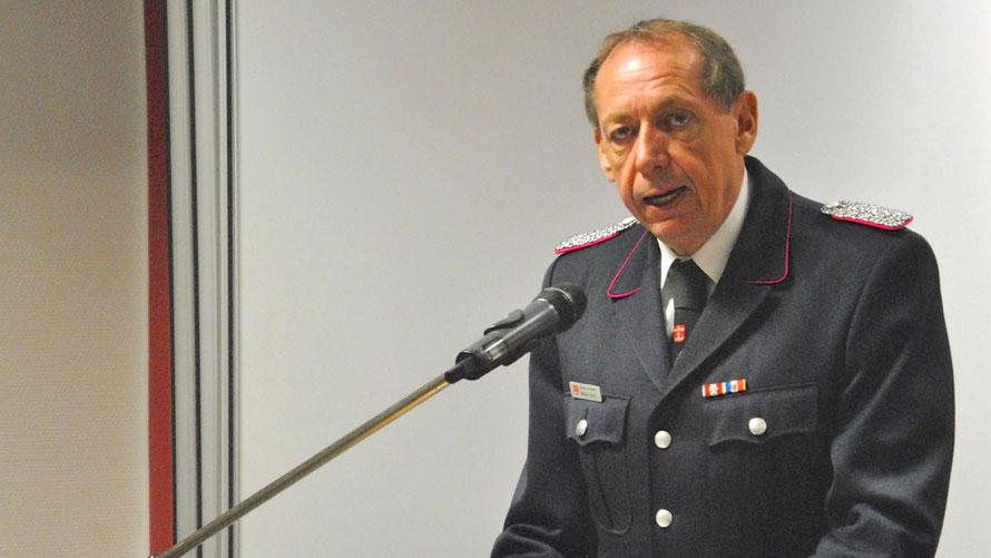Feuerwehrchef Wido Schön darf mehr Geld für neues Fahrzeug ausgeben (Foto: Feuerwehr/Archiv)