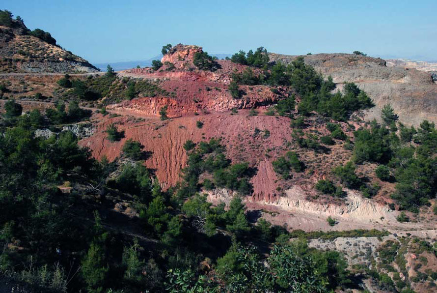 And the land itself blushes at the pity of it all: Copper mine waste near UNFICYP Camp Roca