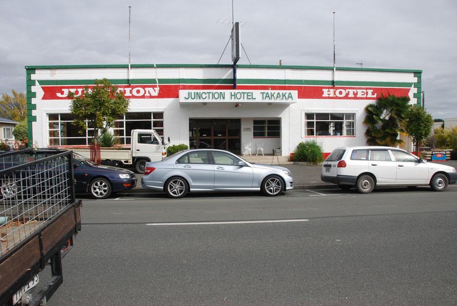 Junction Hotel, Takaka