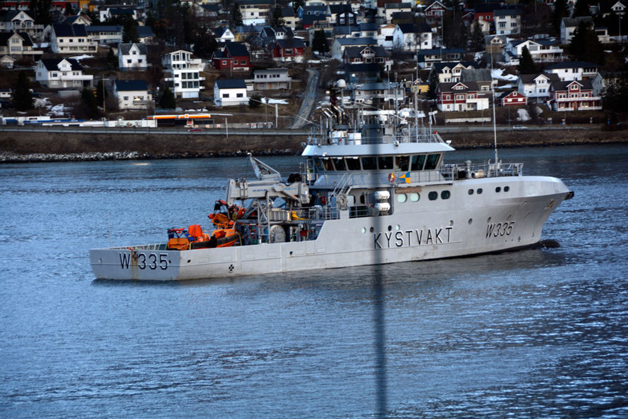 Magnus Lagabøte anchored midstream in Tromsø Harbour. It is part of the Norwegian Coastguard whose role is o assert and uphold Norwegian sovereignty over its inland waters, territorial waters and exclusive economic zone (EEZ) of 920,922 sq miles.