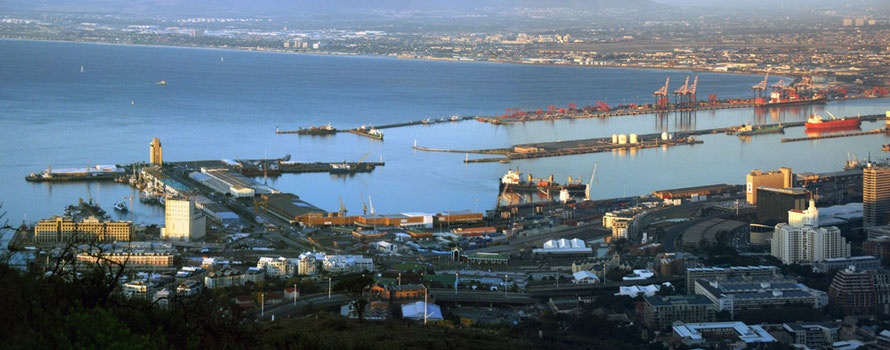 Port of Cape Town with old port to left and newer basins (Duncan and Schoeman) to left