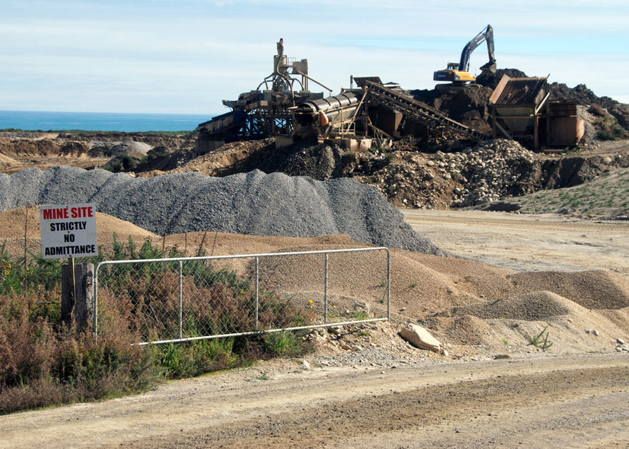 Filtering and extraction equipment at this little roadside mine between Whataroa and Ross in Westland.