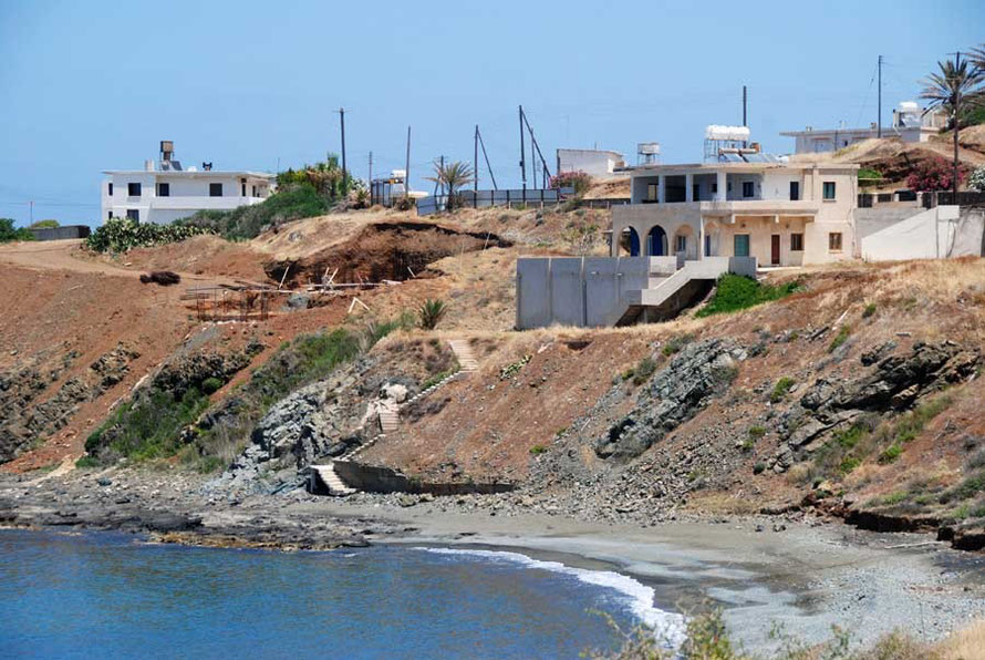 Prime real estate: villas under construction near Pomos