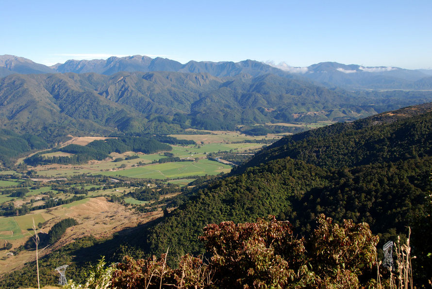 Looking down the Takaka Valley to the north west from Takaka Hill.