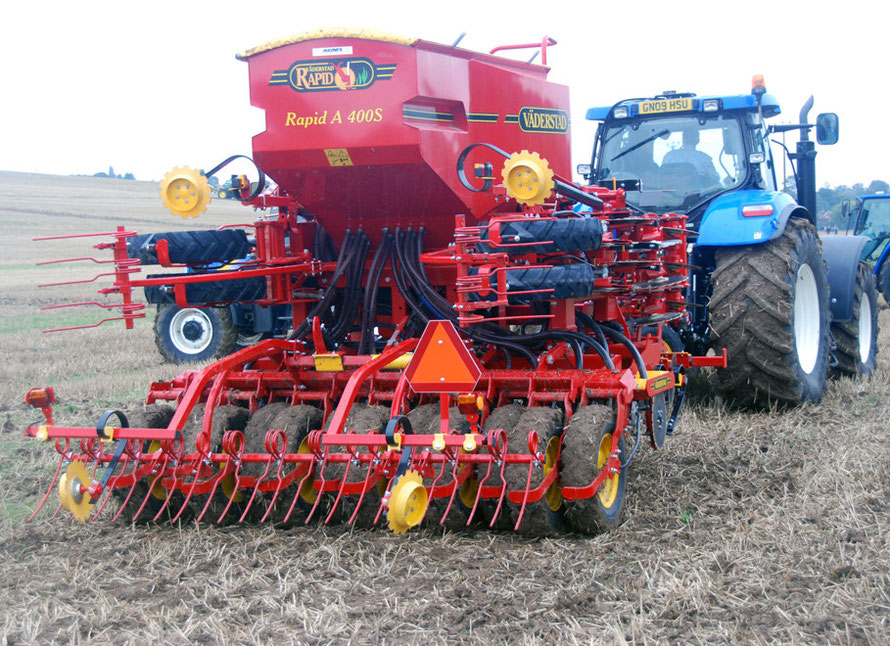 More kit: the Vaderstad Rapid A 400S soil cultivating drill 'that produces quality results under all conditions' according to the msnufacturer. At East Kent Ploughing Match 2010.