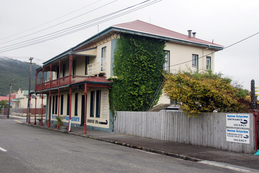 Former hotel and pub in the port area of Greymouth - now a backpacker's hostel
