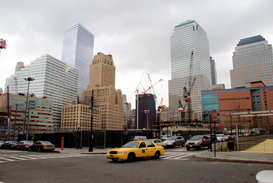 North End Avenue and Warren Street looking towards the site of the World Trade Center, New York 2006.