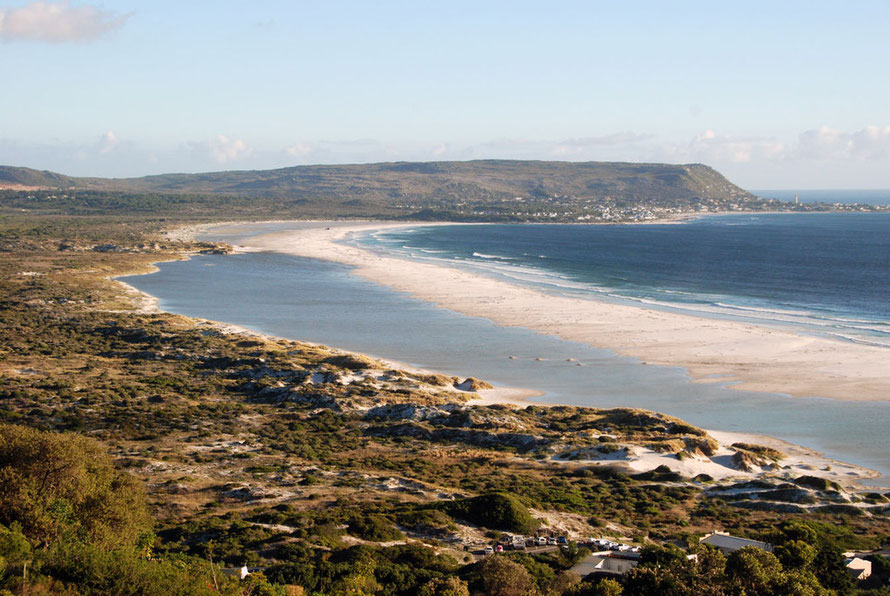 Long Beach between Monkey Valley and Komertjie looking south from our enforced Audi-stop on the Chapman's Peak road