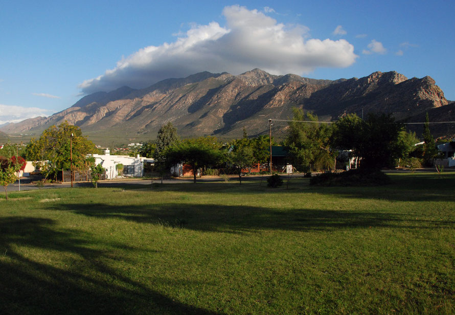 Peace reigns in the early morning in West Montagu with the Langberg Moutains keeping the world at bay