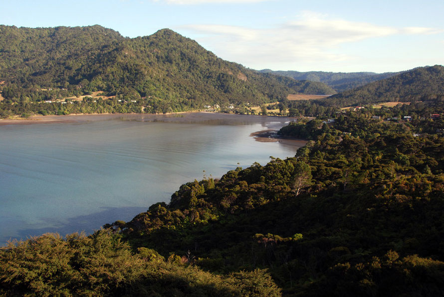The sharply indented coast of the northern arm of Auckland's Manukau Harbour looking towards Huia Bay.