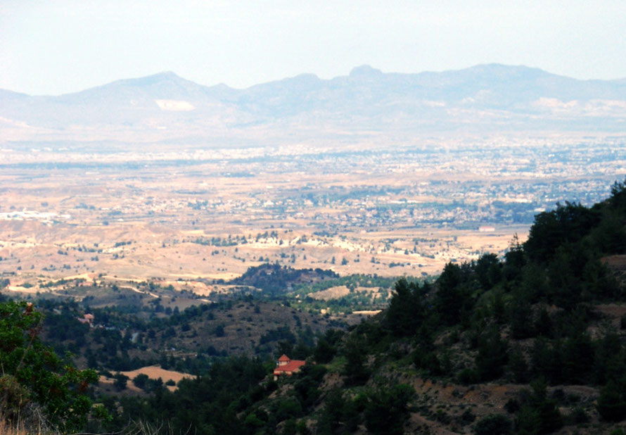 View across the Mesaoria from Fikardou in the north-western Troodos (May, 2012).