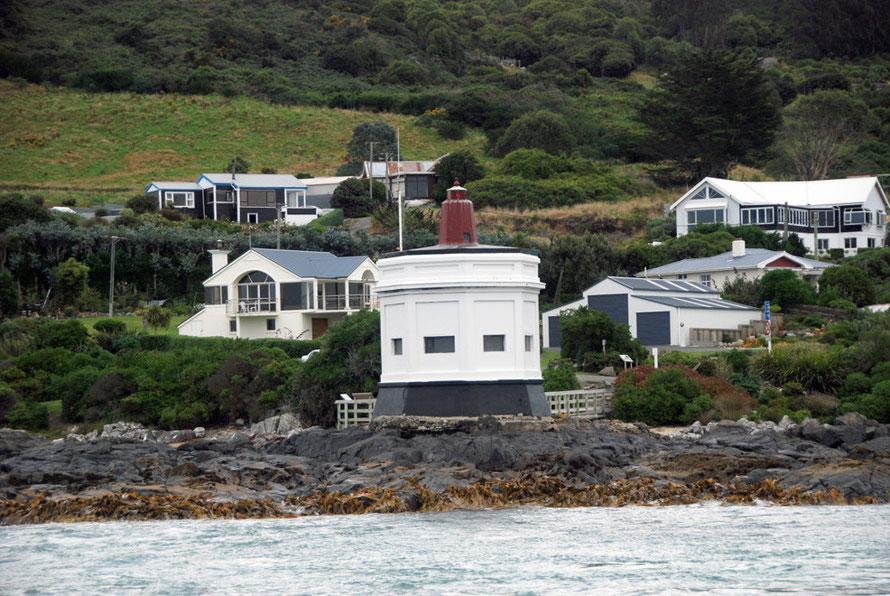 Habour approach light, Bluff, NZ.
