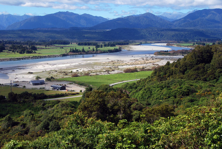 View of the Hokitika River from Rimu, 5km SW of Hokitika. Note the broad river bed gravels that were subject to mechanical dredging for alluvial gold