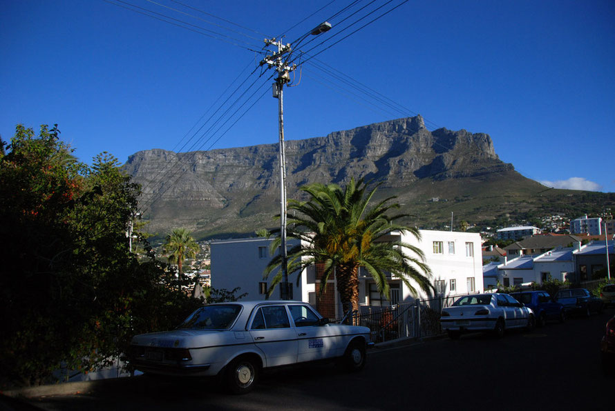 Spectacular view of Table Mountain from Tamboerskloof