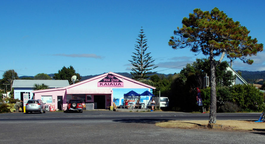 The Pink Shop, Kaiaua, Auckland.