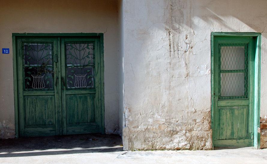 Old doorway, Peristerona