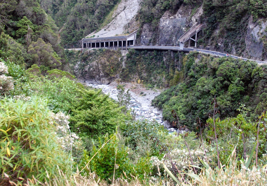 The concrete-roofed section of the Pass