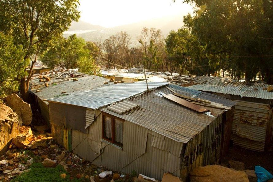 Imizamo Yethu shacks, Hout Bay